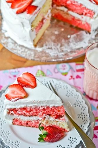 Strawberry-Swirl Cake-21