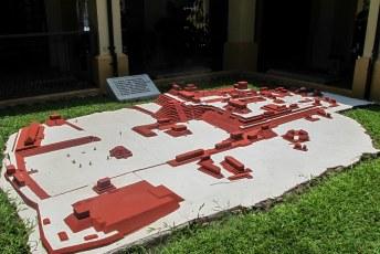 .....de wereldberoemde ruïnes van de Maya stad (eigenlijk ook allemaal kerken).