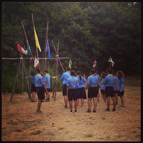 Ammaina bandiera ... È finisce anche il campo del Reparto del FO10 #agesci #scout #campoestivo #fo10
