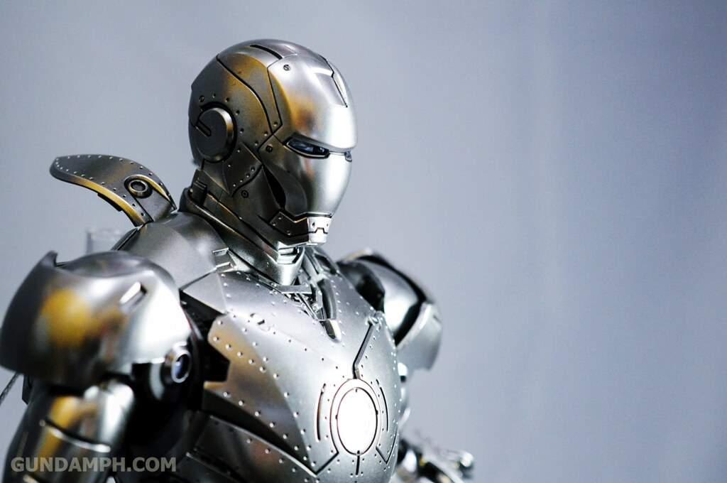 Hot Toys Iron Man 2 - Mk II Armor Unleashed Ver. Review MMS150 Unboxing (87)