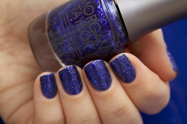 08 Morgan Taylor Regal As A Royal without topcoat