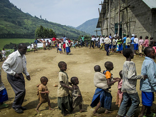 Community in the IDP camp in Masisi