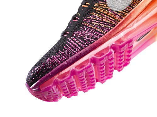 Nike_Flyknit_Air_Max_womens_detail3_24203