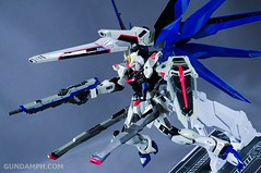 Metal Build Freedom Gundam Prism Coating Ver. Review Tamashii Nation 2012 (83)