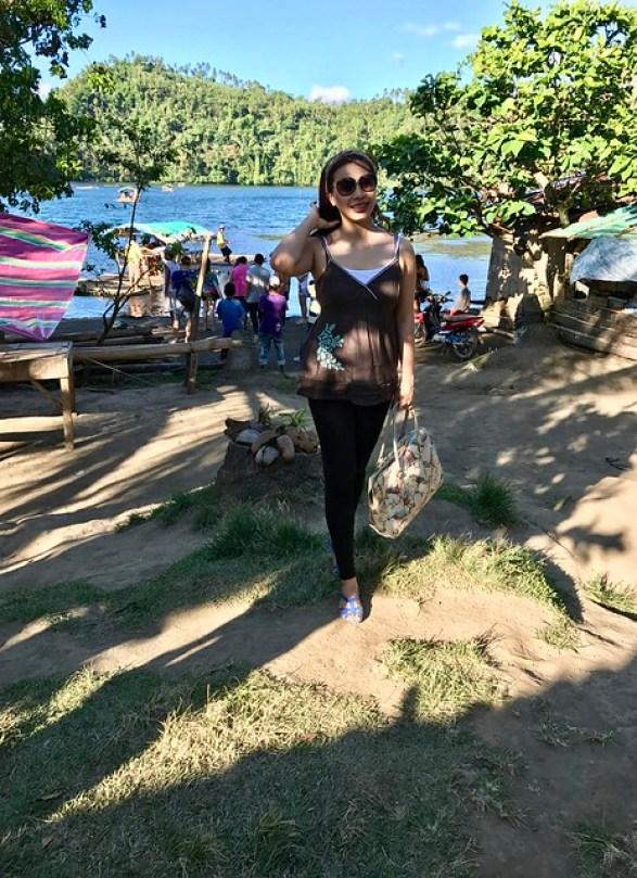 Lake Pandin bank
