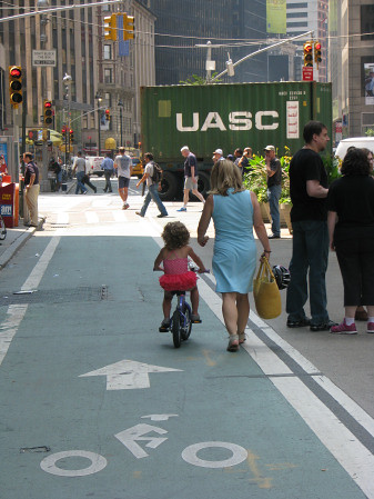 Sustainable Safety Broadway Bike Lane