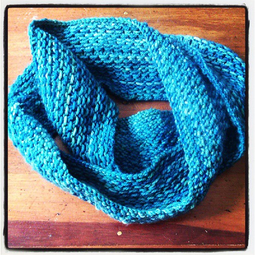 My new scarf is finished. First time knitting successfully on circular needles!
