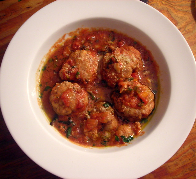 """Polpettine di ricotta e vitello (""""veal and ricotta meatballs"""")"""