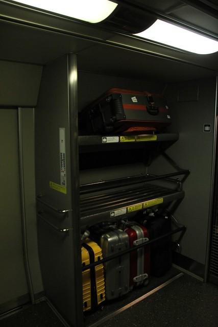 JR的行李箱置放處