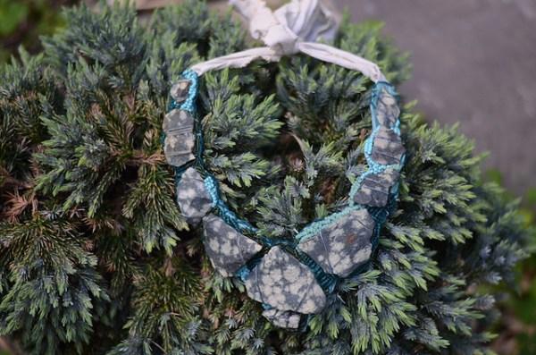 DIY St Thomas Rock Necklace