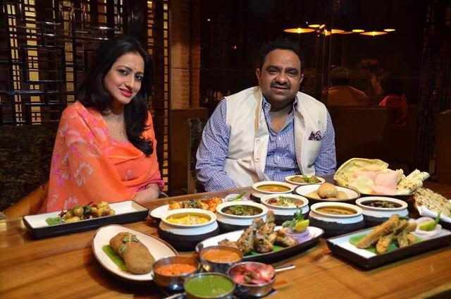 Kunwar Shivraj Sinh Limdi and Kunwarni Vijaya Singh Sirmaur