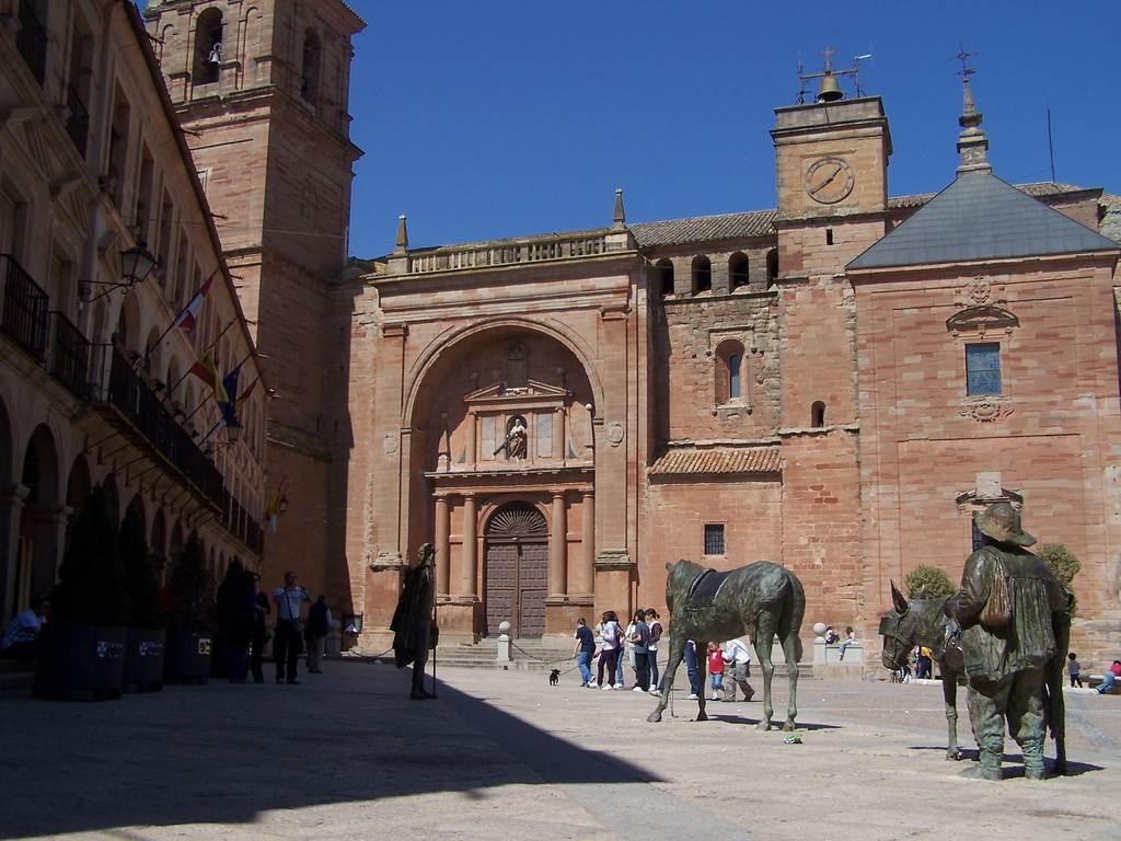 Plaza Mayor de Villanueva de los Infantes. Autor, Dubas