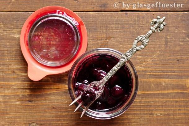 blaubeeren in lavendelsirup by glasgefluester 3 klein