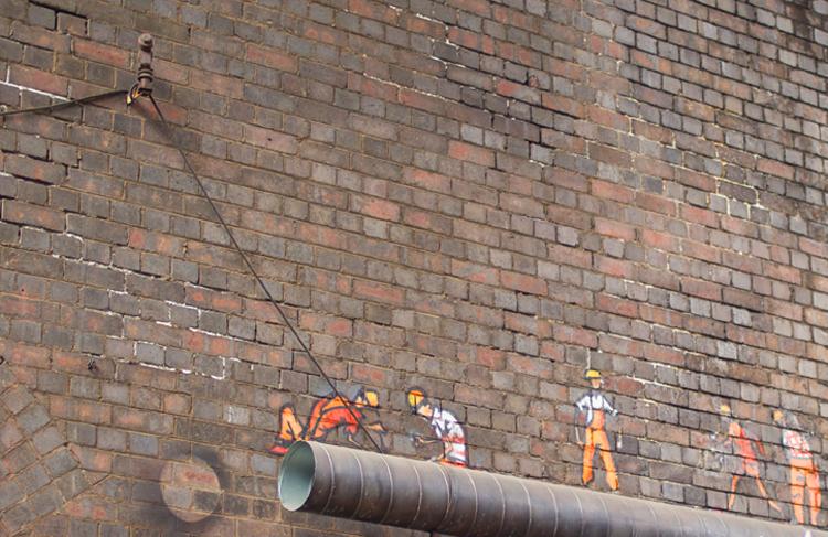 Under the bridge - Workmen