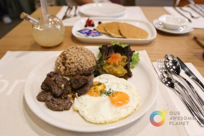 Kitchen 1B Breakfast-8.jpg