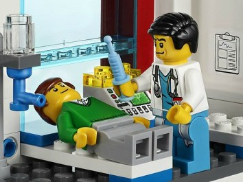 0006193_lego_city_hospital_rescue_helicopter_4429