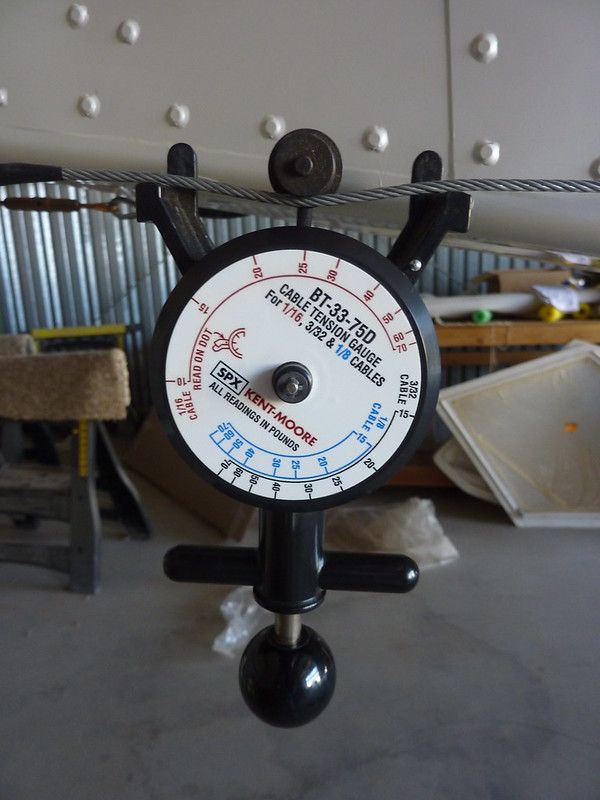 Measuring rudder cable tension