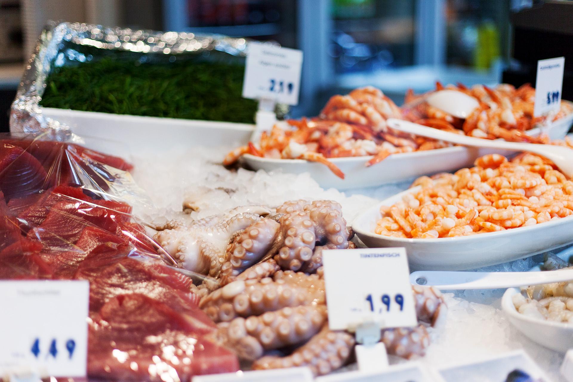 Seafood, Viktualienmarkt, Munich.