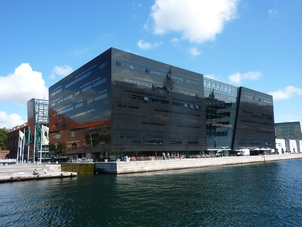 The Black Diamond, an extension to the Royal Library