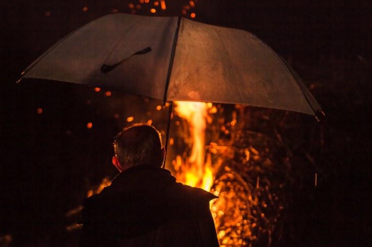 RUF (Rain, Umbrella and Fire)