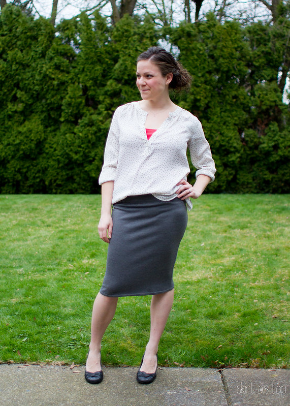 gray knit pencil skirt