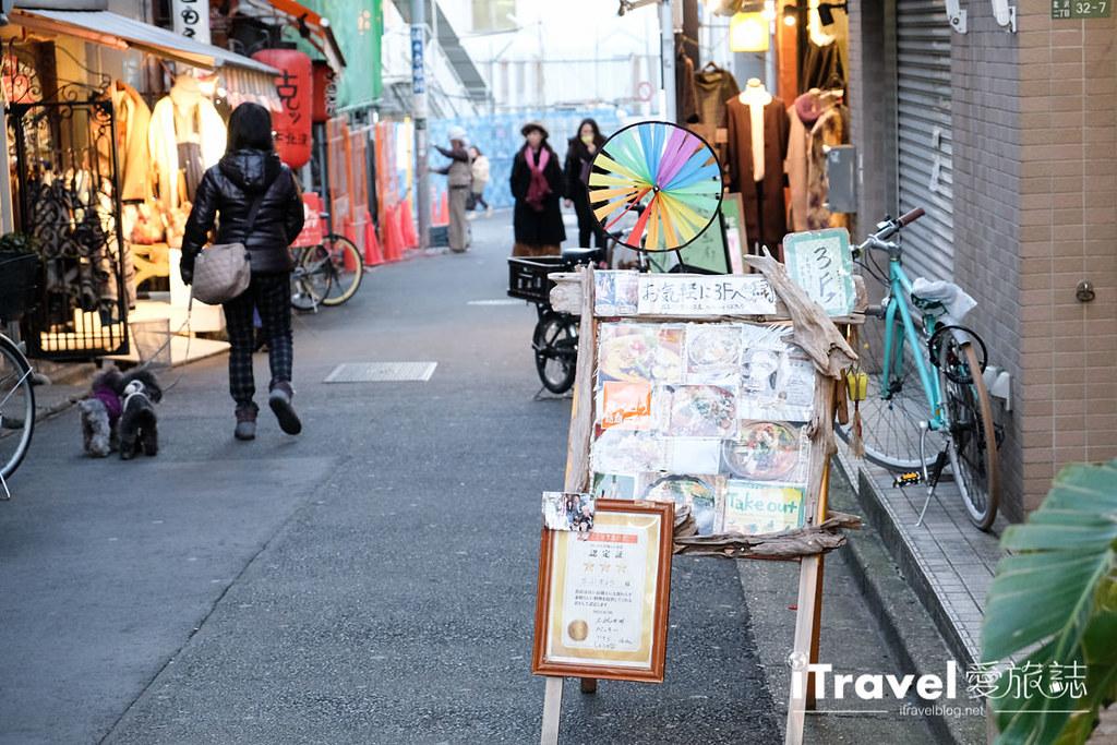 《东京购物血拼》下北泽购物美食趣:2017年古着挖宝纪行,周边美食咖啡店家与交通信息汇整!