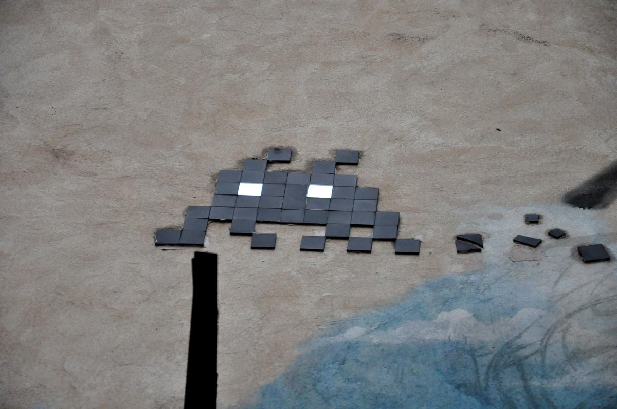 Space Invader black