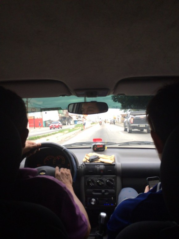 ナタールでの荒いタクシー運転手