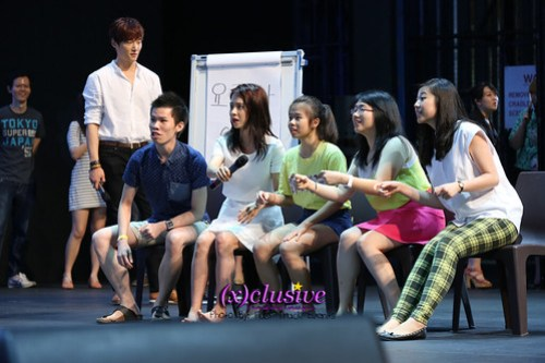 Emergency-Couple-Fanmeet-011