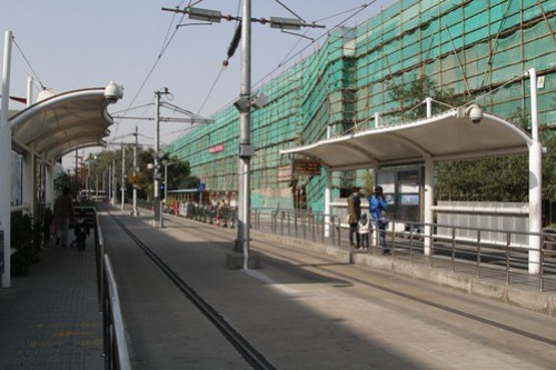 Pair of platforms at the Zhangjiang Hi-Tech Park terminus