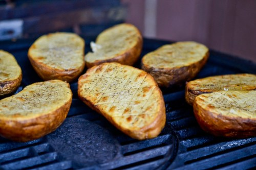 Grilled Criss-Cross Potatoes-6