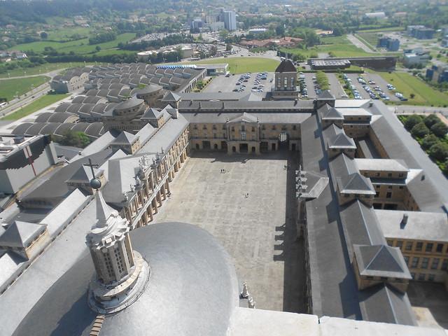 Vista desde el mirador de La Laboral de Gijón