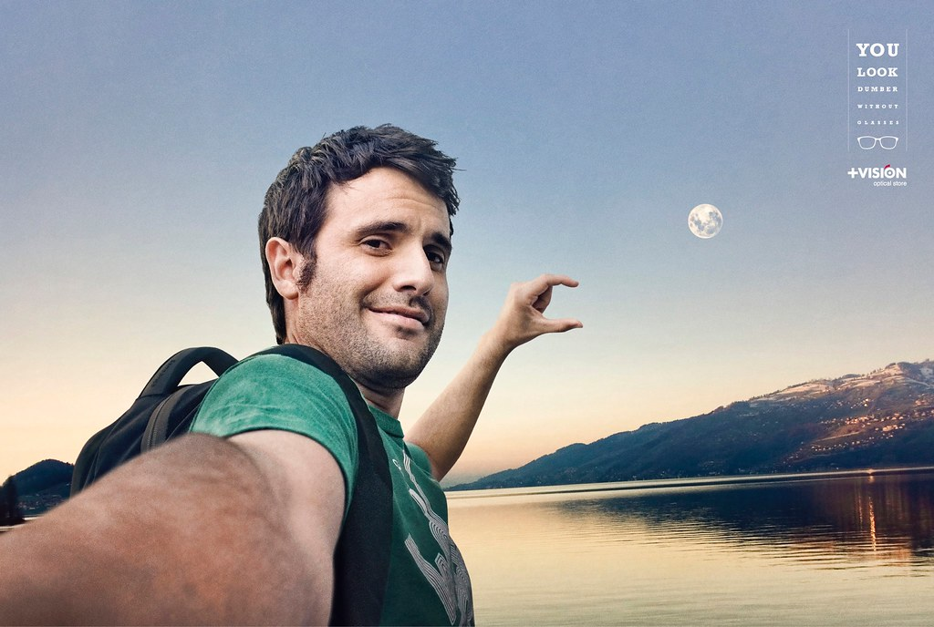 + Vision - Fail Selfies Moon