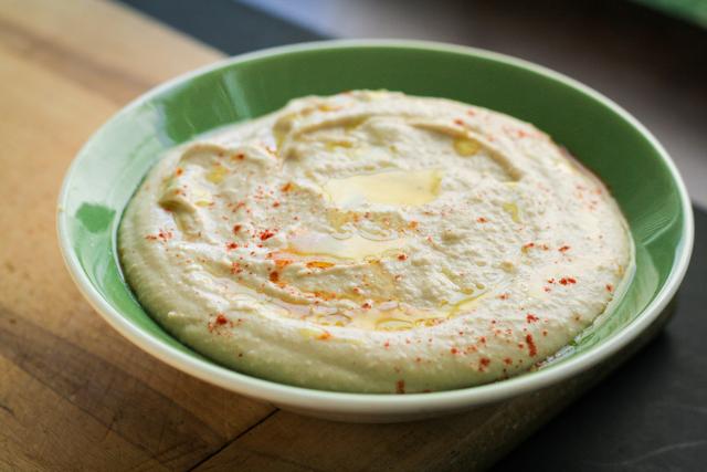 homemade hummus recipe [ inthiskitchen.com ]