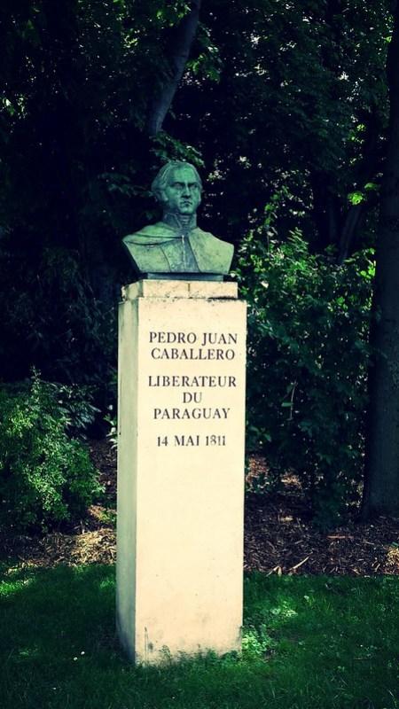 Buste de Pedro Juan Caballero
