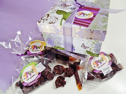 YAW hola chocolates