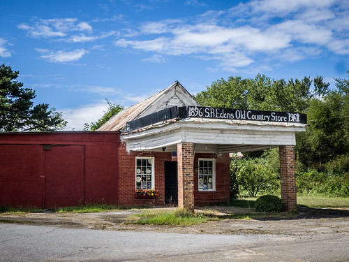 Edens Old Country Store