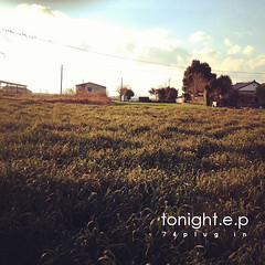 「tonight e.p」<br/>CD / ¥1,000 / 2014.7.13 Release<br/>1. tonight<br/>2. warm water<br/>3. 108の煩悩<br/>4. Jajah
