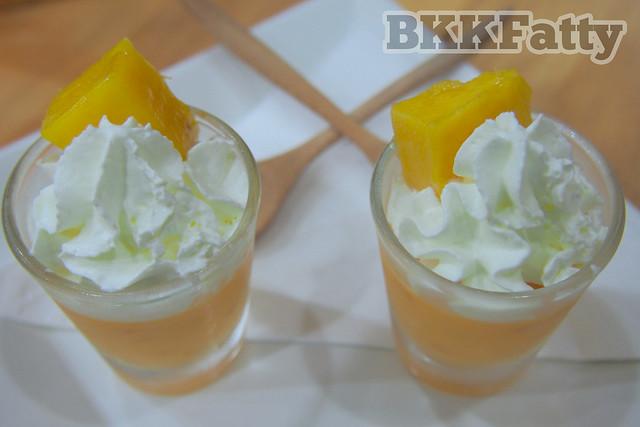 mango mousse fruiturday chiang mai