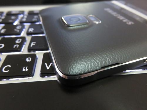 โครงอลูมิเนียมของ Samsung Galaxy Note 4