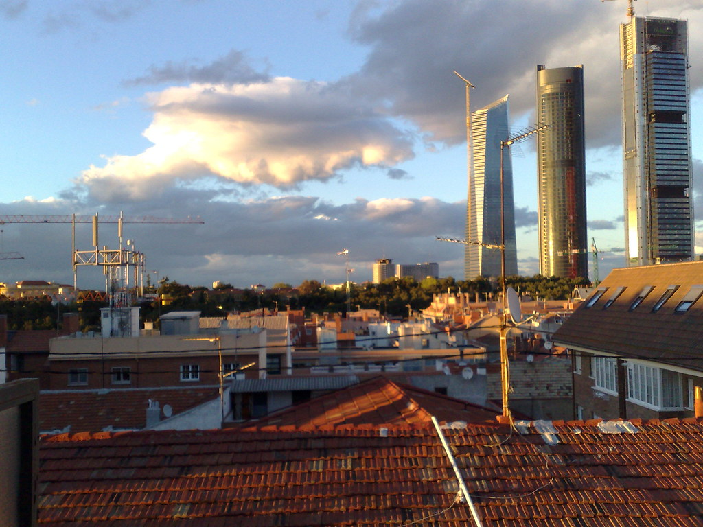 puesta de sol en madrid (21-04-08)