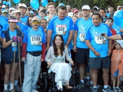Ana Claudia Talacón en la carrera Aqui Nadie se Rinde