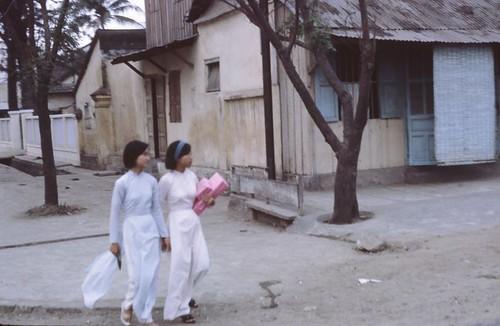nu sinh Da Nang xua by bienthuy251.