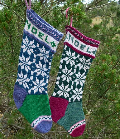 Love these stockings, very festive!