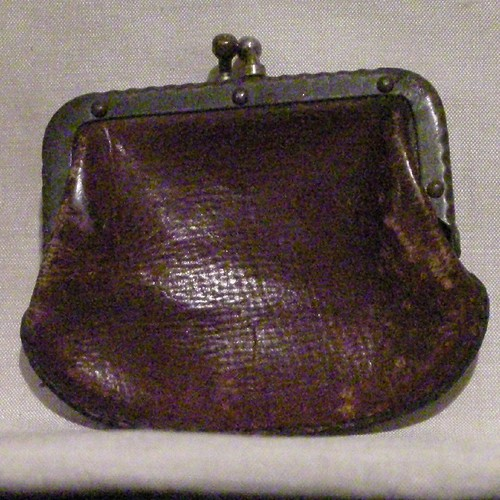 Vintage Brown Leather Coin Purse