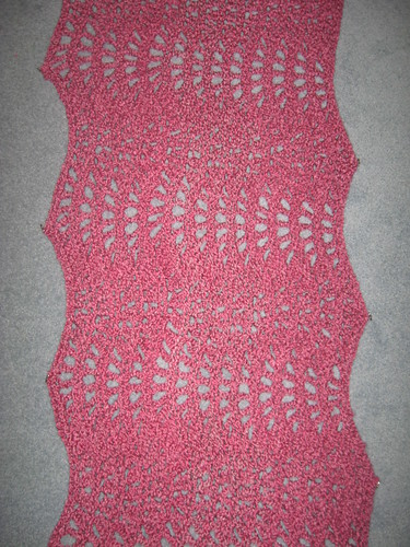 * Wavy shawl!  This is a really pretty crocheted shawl - nice to see something a bit different!