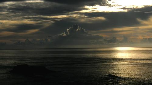 54.金黃的日出灑落海面 (9)