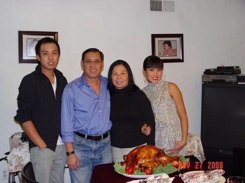 Family_Thuy_Pham