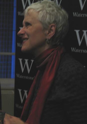Sara Paretsky, Manchester