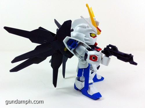 pics SD Strike Freedom Gundam (3)